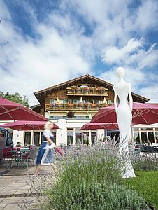 Parkhotel at Soier See with lakeside terrace